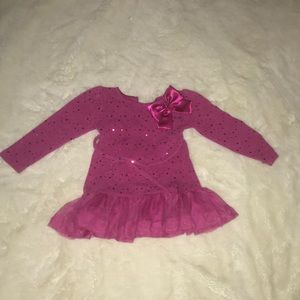 Girl toddler Hot pink dress size 4T.